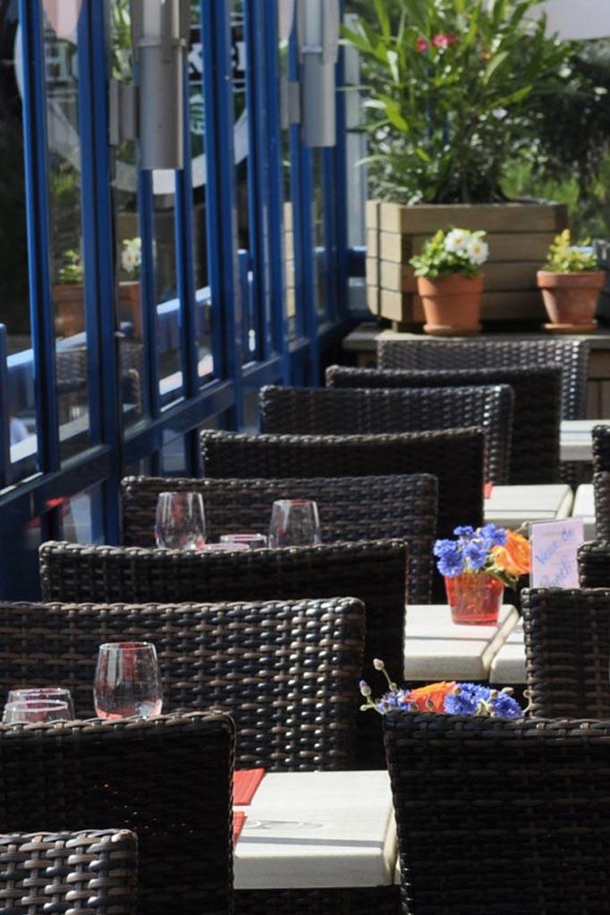 terrasse du restaurant le Billot, Bistrot gourmand sur la place du marché de la Baule